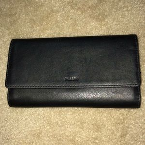Fossil black leather tri-fold Maddox wallet